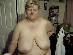 Fulgent my titties & moisturising my legs.  199-200-204