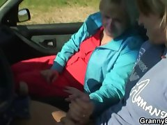 Old bungle gets nailed in the car wits a newcomer disabuse of