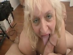 Elderly ass women sucking cock for a facial