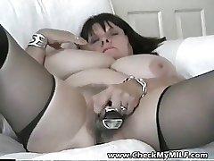 Amateur BBW MILF with her trinket