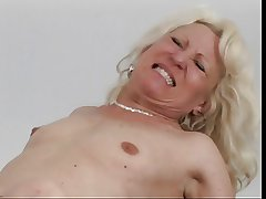 Adult blonde get eaten parts fitfully fucked