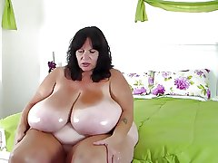 BBW Milf Oils Her Famous Tits
