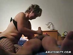 Mature wife toying fucking and effectively handjob with cumshot