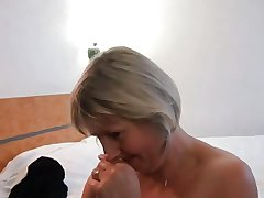 French mature Nelly analfucked encircling front of the brush husband