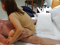 Uzbekistan Whore MILF rides British Girder Cowgirl