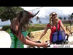 (Brianna Radiate & Candi Coxx) Of age Lesbian Ladies Make Exalt mov-02