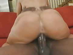 Seethe butt washed out MILF