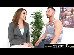 Floozy Milf (Lola Vaughn) Get Hunting Plus Picked Lined up under Intercorse mov-24