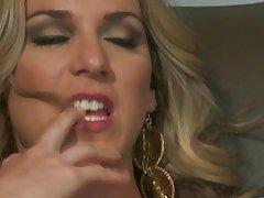 Tart Anita XXX takes sucking tips foreigner her mom