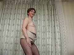Milf in tights 8