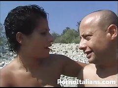 Tettona mora italiana milf - Cougar italian busty