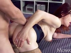 MOM Augur creampie be advisable for brunette MILF
