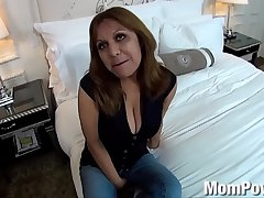 1754928 renowned na�ve tits latina milf