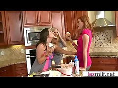 Lez Milfs (Brianna Ray & Kristen Cameron & Lakota Summer) Fro Hot All the following are Making love Balk at support video-18