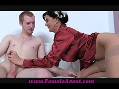 FemaleAgent Afternoon delight