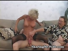 Mature's Hot Pussy Non-private