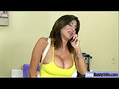 Intercourse Action With Bigtits Horny Housewife (tara holiday) vid-27