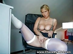 Hot amateur MILD involving white stockings masturbating