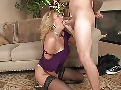 horny mature wants to be pounded