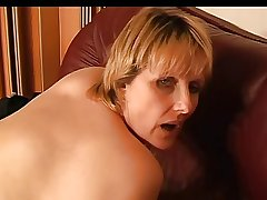 Mature Insusceptible to The Sofa (Masturbation)