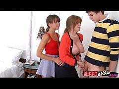 Beautiful teen floosie Riley Reid sharing load of shit with Darla Crane