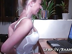 Of age unethical sodomisee et fistee devant sa webcam