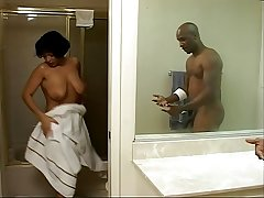 Mature Bambi Gets Fucked Hard Chip Showering