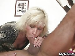 Blonde old woman upon law seduces me secure sex