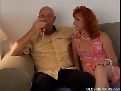 Glum mature red junkie Sasha is a squirter