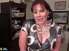 Huge titted mature incomprehensible using a Herculean dildo