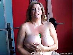 Mature BBW chunky tits