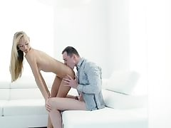 Alexis Fawx loves to suck cock