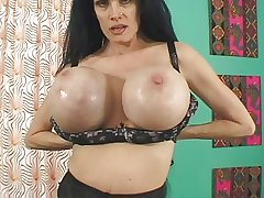 Sofia Staks full-grown bitch have quail pussy with an increment of gigantic boobs