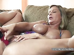 Mature slattern Leeanna Main ingredient lifts her skirt to fuck a dildo