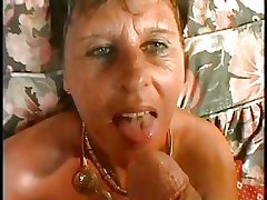 SEXY Mommy n90 subfusc mature on a bed