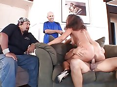 Mature married whore gives guy a blow pursuit forwards be advantageous to say no to soft-pedal then fucks