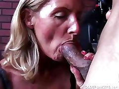 Super cute mature sweetie-pie in sexy stockings is a very hot fuck