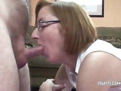 Mature Layla getting pounded in the brush sweet pussy