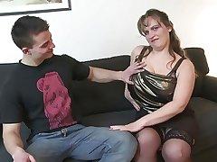 Young wretch fucks super mature mother