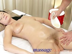 Massage Rooms Mature woman on every side hairy pussy given orgasm