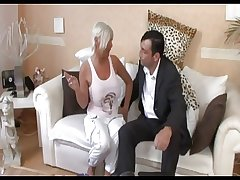 Slutty mature fucked on dramatize expunge divan