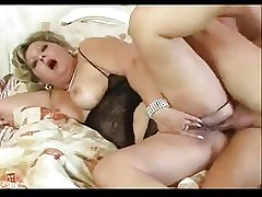 Horny obese mature loves her ass fucked