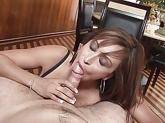 Grown-up descendant does great blowjob POV
