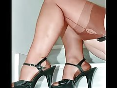 Classy Adult Females in Sheer Nylons
