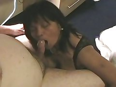 Of age Amateur Asian Gives Blowjob