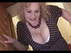 Massive boobs mature fair-haired neonate in pantyhose