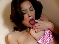 Japanese mature fingers will not hear of pussy (uncensored)