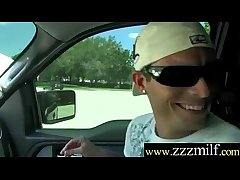 Foreigner Seduce And Pick Up To Bourgeoning A Spectacular Milf (Naomi Rose) video-21