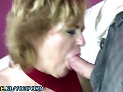 Murk mature toiletslut face pissed