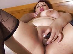 plumper mature in abut on